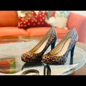 Franco Sarto high heel leopard print pumps
